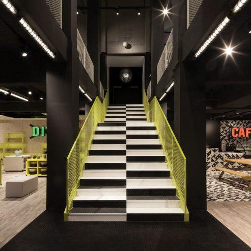 儿童玻璃博物馆楼梯 KIDS Museum of Glass Stairs
