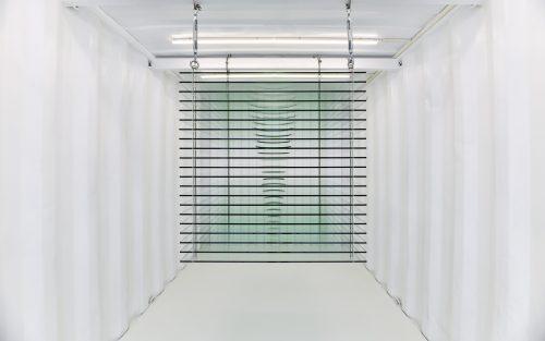 廖斐《连续的平面1m³》